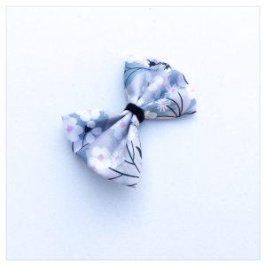 Barrette-à-noeud-en-liberty-of-london-colori-mitsi-gris-perle-retrochic-boutique