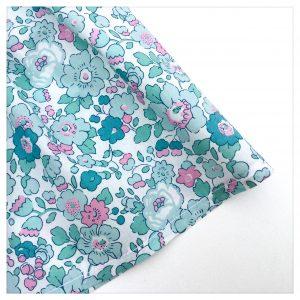Jupe-en-liberty-of-london-betsy-mint-and-pink-à-ceinture-apparente-silver-enfant-bébé-retrochic-boutique