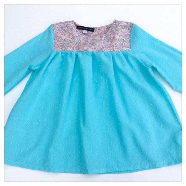 Blouse-en-plumetis-de-coton-turquoise-et-liberty-michelle-rose-enfant-bébé-retrochic-boutiqu