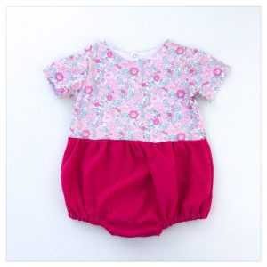 barboteuse-pour-bébé-liberty-betsy-amélie-et-gaze-rose-fushia-retrochic-boutique