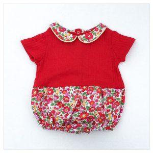 barboteuse-pour-bébé-liberty-betsy-grenadine-et-gaze-rouge-retrochic-boutique