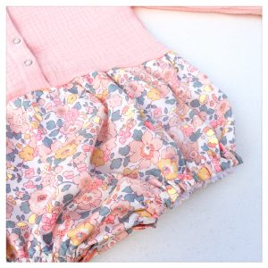 barboteuse-pour-bébé-liberty-betsy-barbapapa-et-gaze-rose-blush-retrochic-boutique