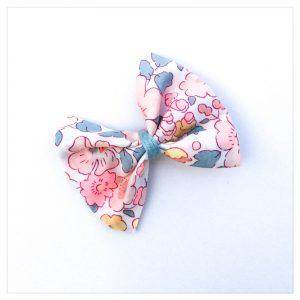 Barrettes-à-noeud-en-liberty-of-london-coloris-betsy-barbapapa-retrochic-boutique