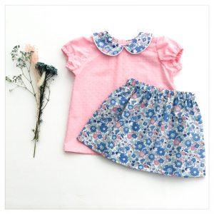 Blouse-en-plumetis-de-coton-rose-candy-et-liberty-betsy-asagao-enfant-bébé-retrochic-boutique