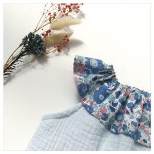 Top-en-gaze-de-coton-bleu-glacier-et-betsy-asagao-enfant-bébé-retrochic-boutique
