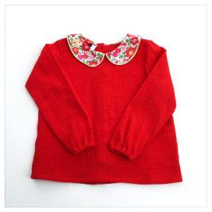 Blouse-en-plumetis-de-coton-rouge-et-liberty-betsy-grenadine-enfant-bébé-retrochic-boutique-2