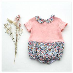barboteuse-pour-bébé-liberty-betsy-porcelaine-et-gaze-rose-blush-retrochic-boutique